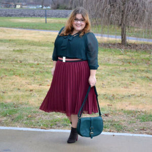 Who What Wear green sheer pleated tie-neck top XL